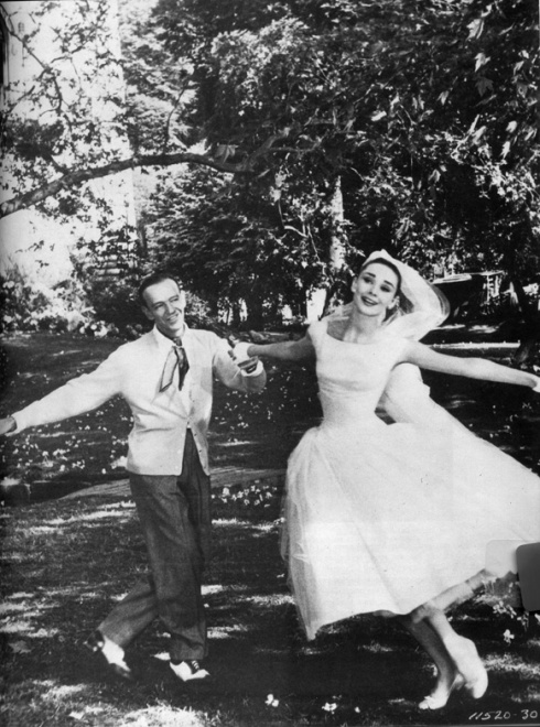 audrey-hepburn-funny-face-wedding-dress-4