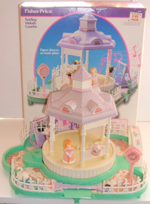 I had most of the PP play-set, but the gazebo was my favorite. It turned in a circle, while the magnetized orange-haired girl danced. And it played a haunting music box sound.